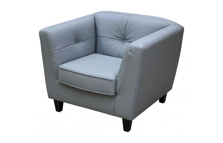 Статус, кресло
